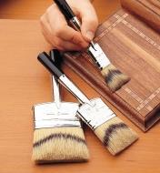 Pinceaux en soies naturelles à double biseau