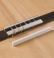 60J0282 - Ébauche pour sillet de chevalet, guitare classique, 105mm x 3,5mm x 12mm