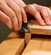 Scribing dovetails using the Japanese spear-point marking knife