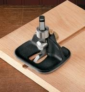 "05P3863 - Veritas Medium Router Plane with 1/4"" Blade"