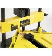 86K3301 - V-Nail Press