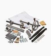 06G0170 - Vises w/Machined Wheels & Solo Crisscross