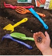 AA615 - Small Garden Tools, set of 6
