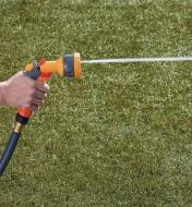 Hozelock Lightweight Sprayer spraying a jet pattern