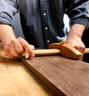 Using the Lee Valley panel gauge to dimension a board to a consistent width