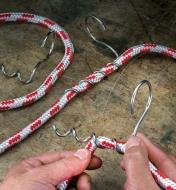 Winding the spiral pigtail on a rope