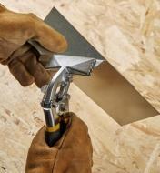 CM1009 - Pinces à plier le métal en feuille