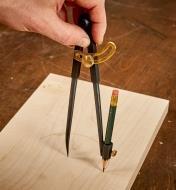 """05N2101 - 7 1/2"""" Pencil Compass"""