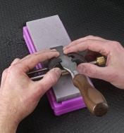Sharpening a chisel on a Ha-No-Kuromaku ceramic stone