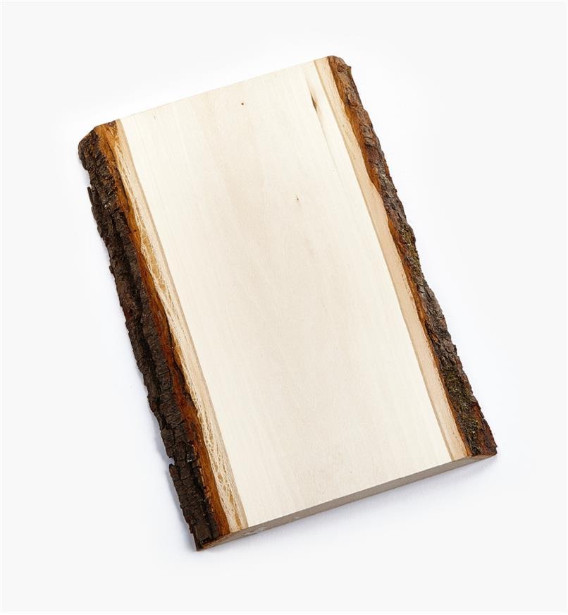 38N1250 - Plaque rectangulaire en tilleul avec écorce de 7po × 11po