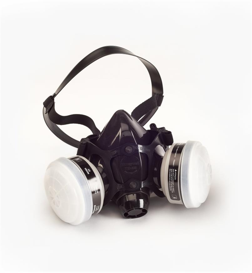 22R2012 - Large Deluxe Respirator