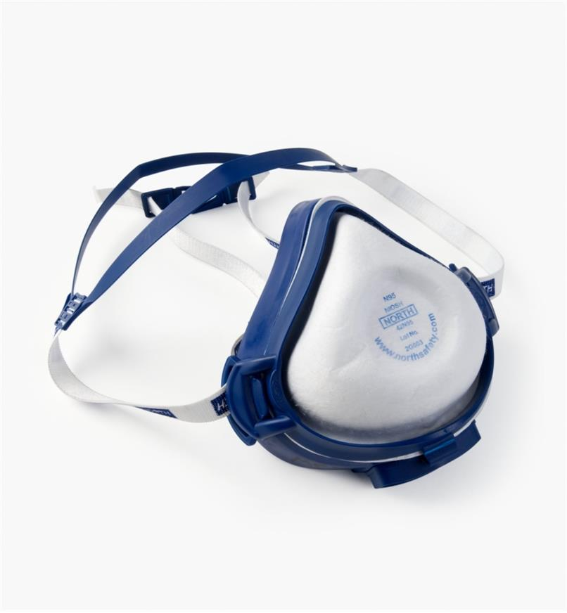 22R2032 - Medium Respirator