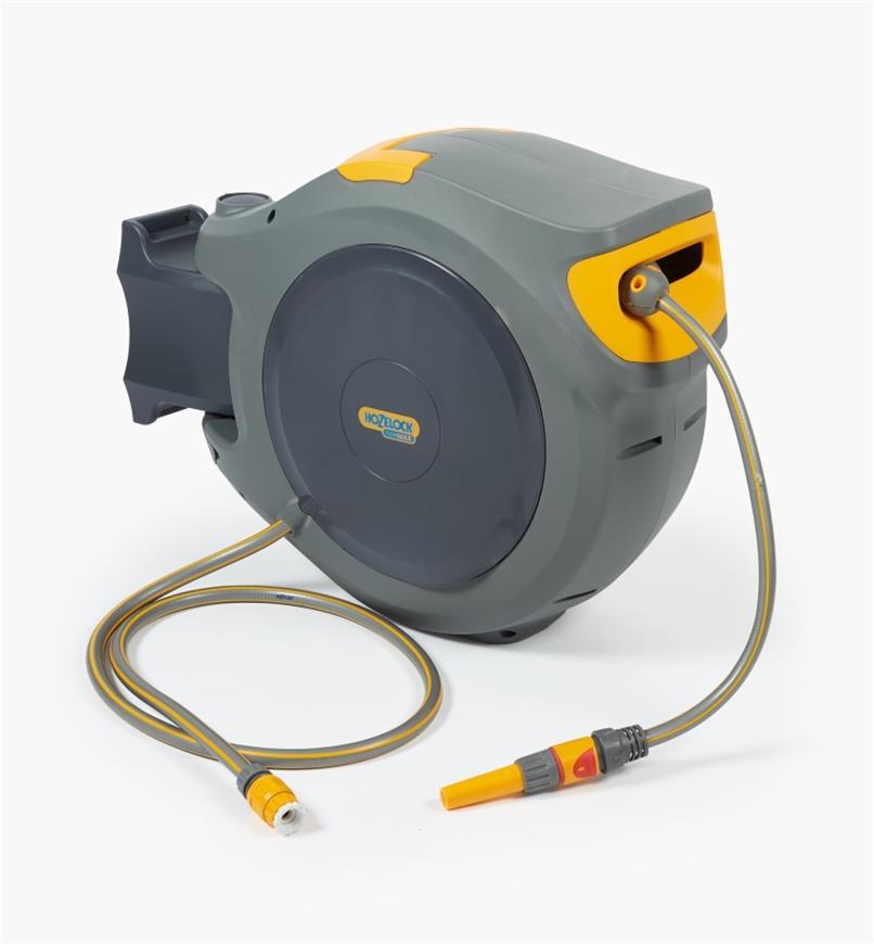 XB139 - Dévidoir pour boyau d'arrosage à enroulement automatique Hozelock, 5/8pox 98pi