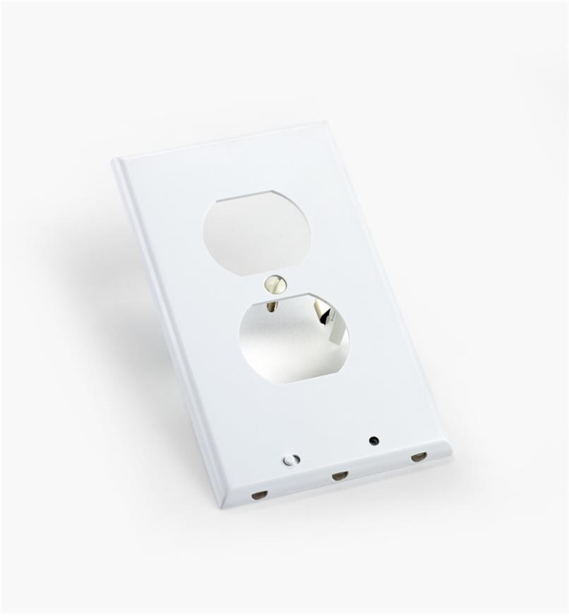 99W0271 - Duplex-Style LED Outlet Cover Plate