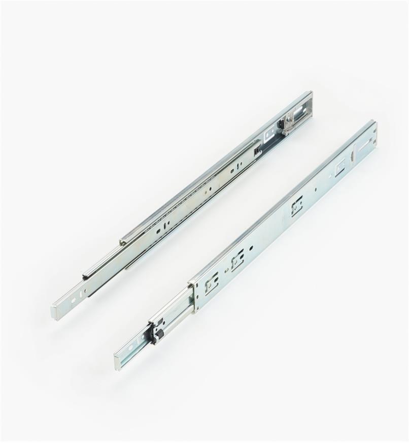 02K3820 - Coulisses à extension complète à fermeture automatique de 20po, la paire