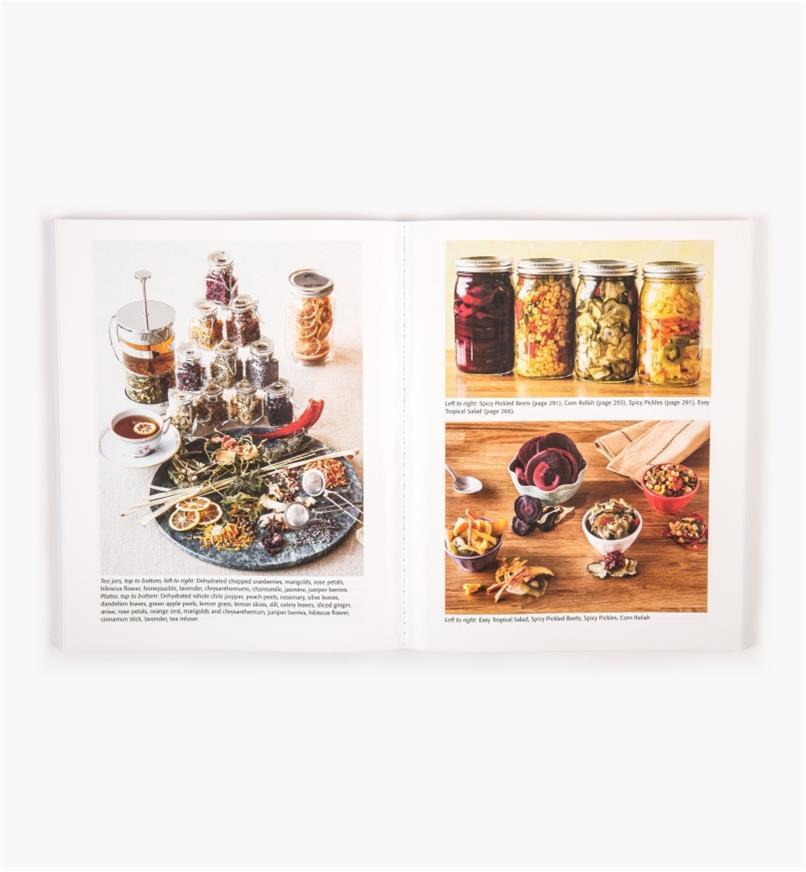 LA828 - The Ultimate Dehydrator Cookbook