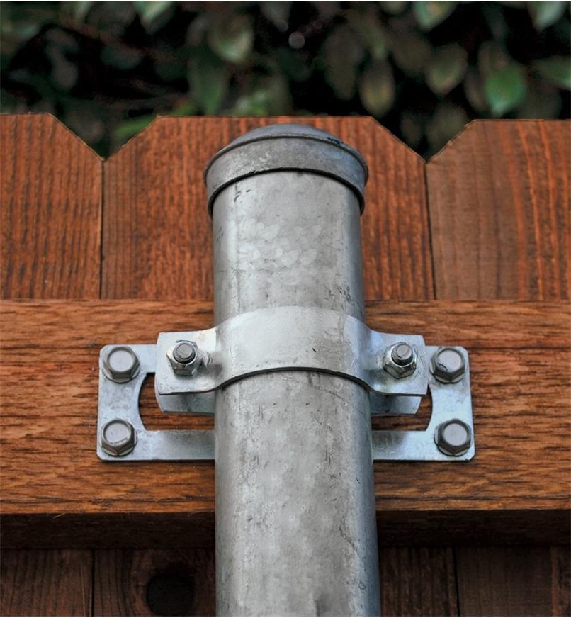 01S1531 - Élément de fixation droit pour clôture Ozco
