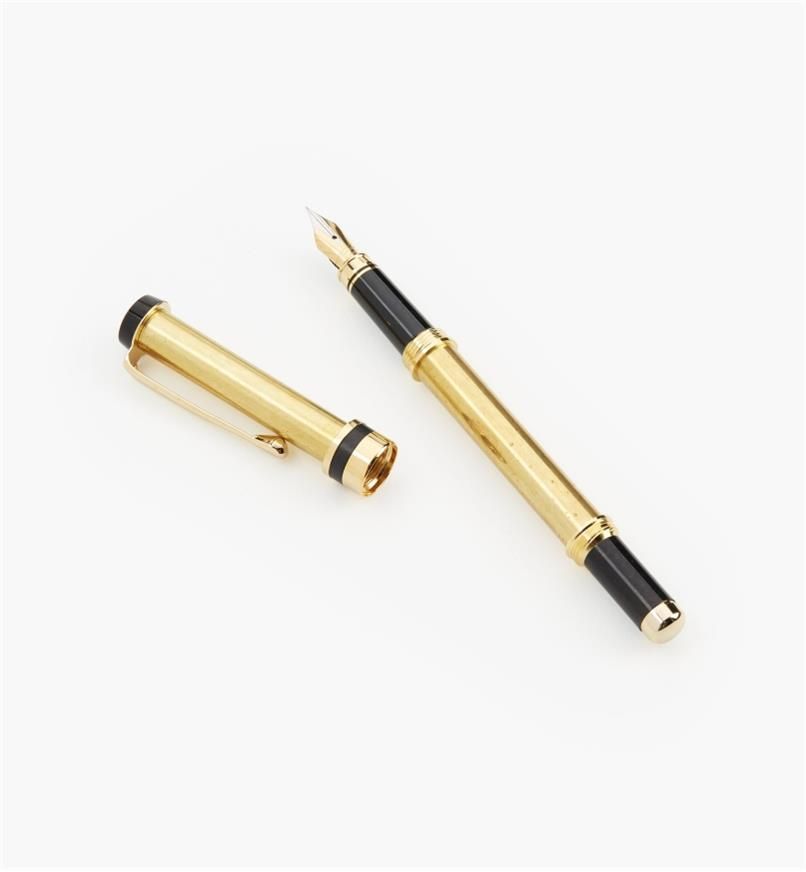 88K7760 - Flat-Top Fountain Pen, Gold