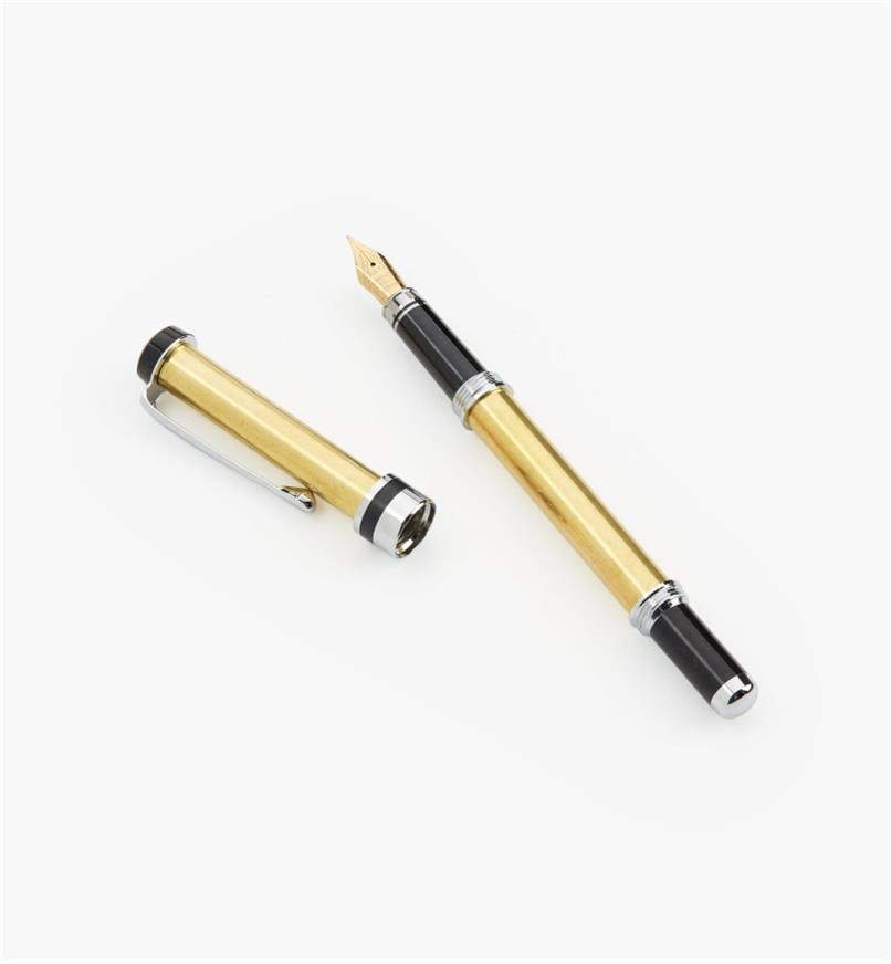 88K7761 - Flat-Top Fountain Pen, Chrome