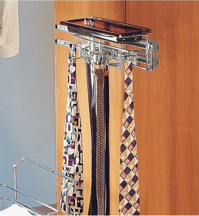 12K2055 - Grand support pour ceintures et cravates avec plateau
