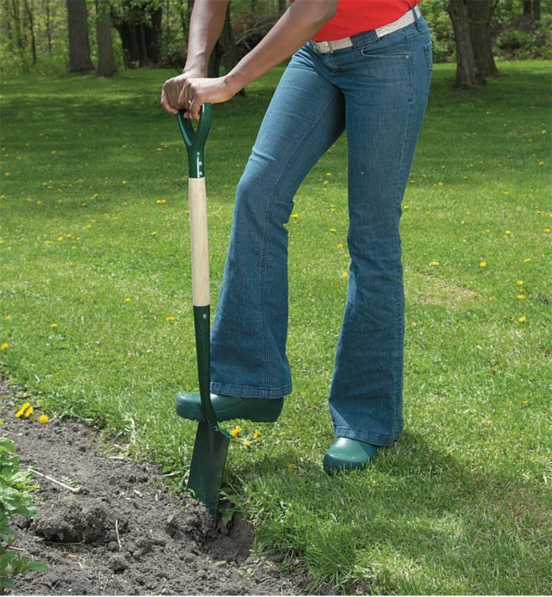 "PG331 - 42"" Digging Spade, Clarington Forge/Bulldog"