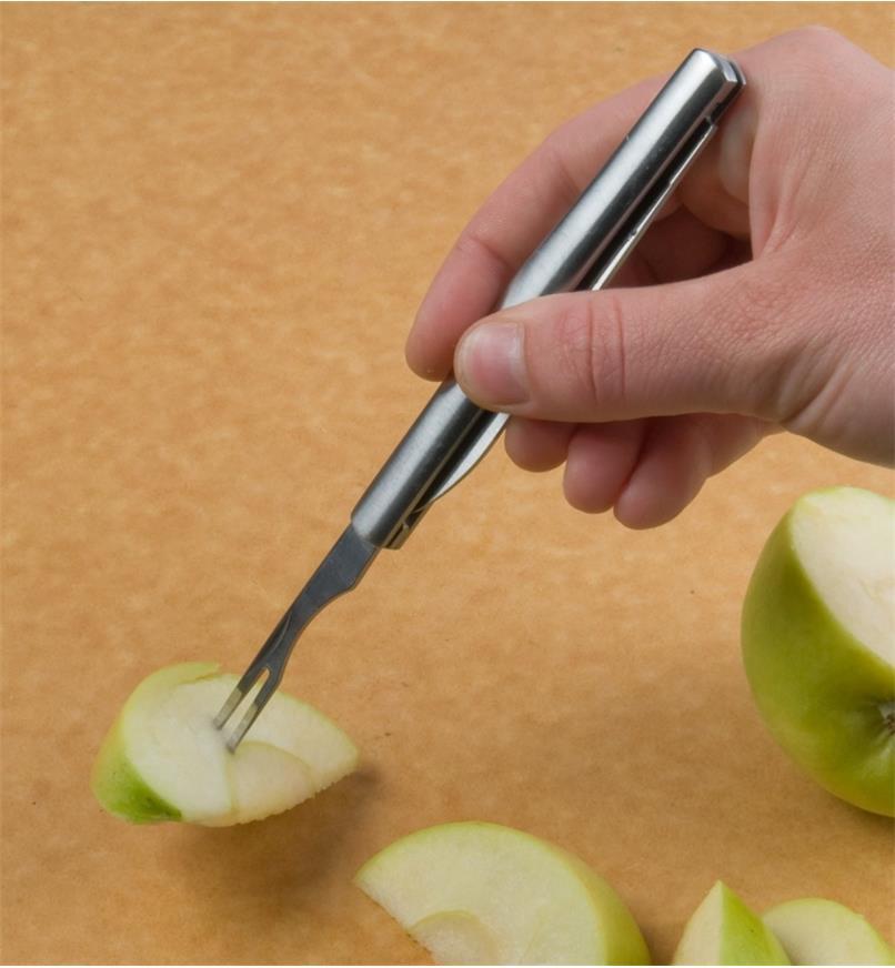 09A0337 - Folding Fruit Knife