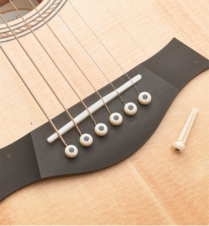 60J0294 - Chevilles de chevalet pour guitare, plastiqueABS, lelotde6