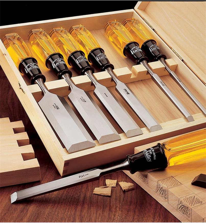 "44S0123 - Boxed Set of 7 Bevel-Edge Chisels (1/4"" to 1 1/2"")"