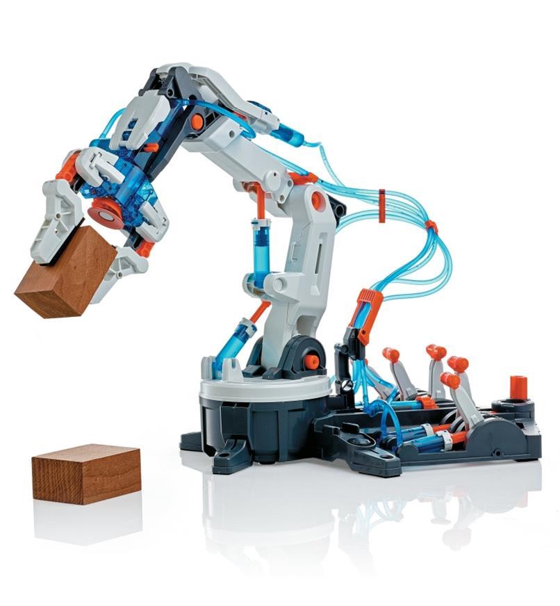 Hydraulic Robot Arm grips a wooden block