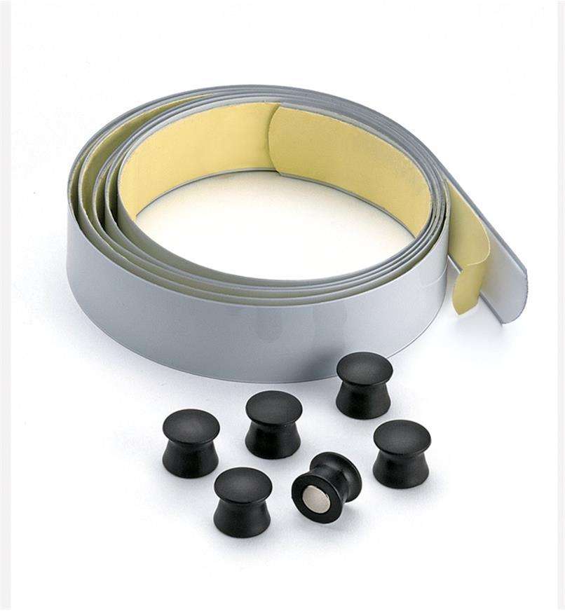 50K2514 - Bande et sixpunaises magnétiques