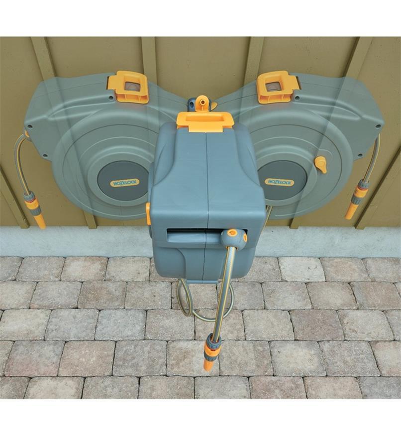 Dévidoir pour boyau d'arrosage à enroulement automatique Hozelock