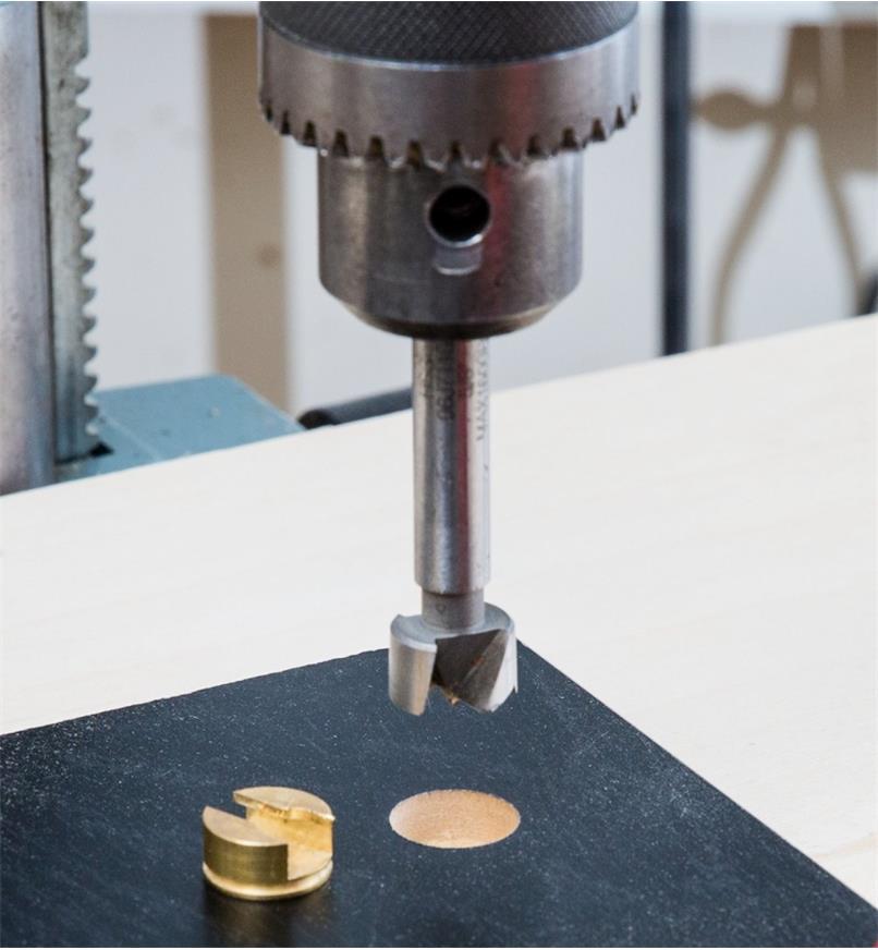 Keyhole Slot Plug