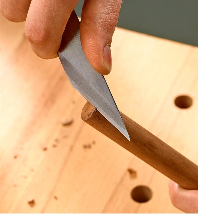 Chamfering a dowel with the Japanese woodworking knife