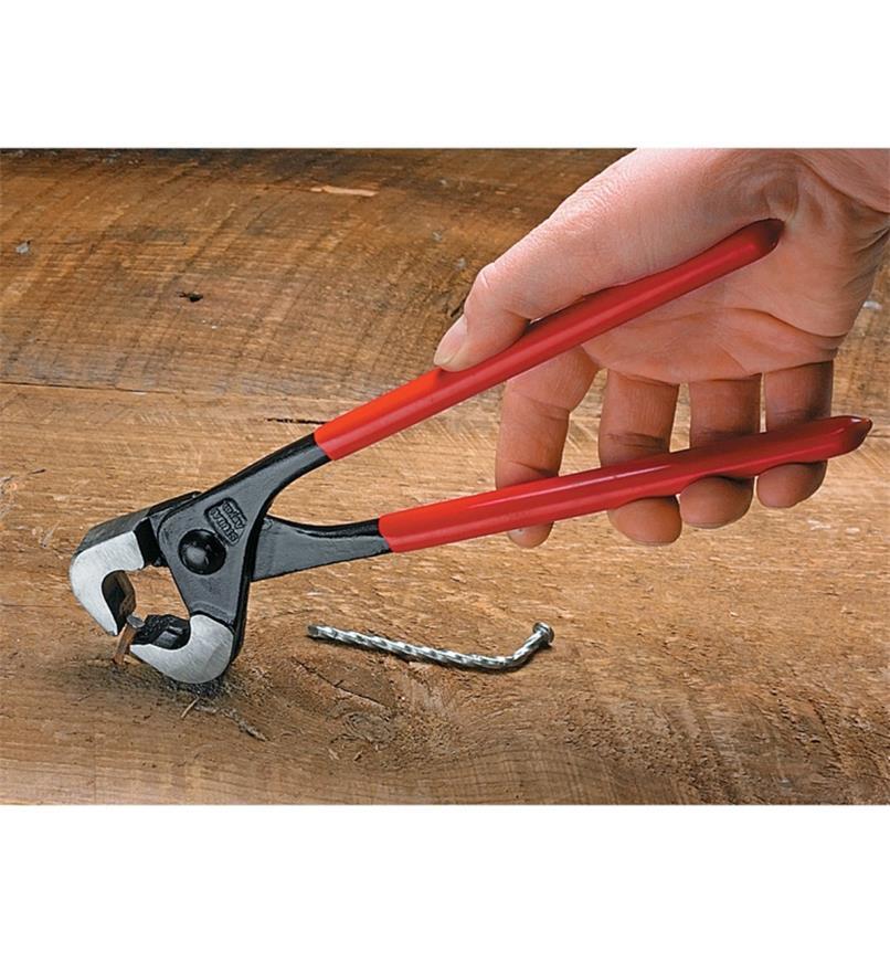 64K0201 - Nail Puller/Cutter