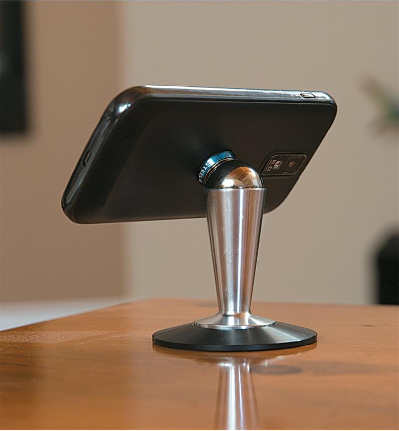 68K0785 - Pied pour téléphone intelligent Steelie