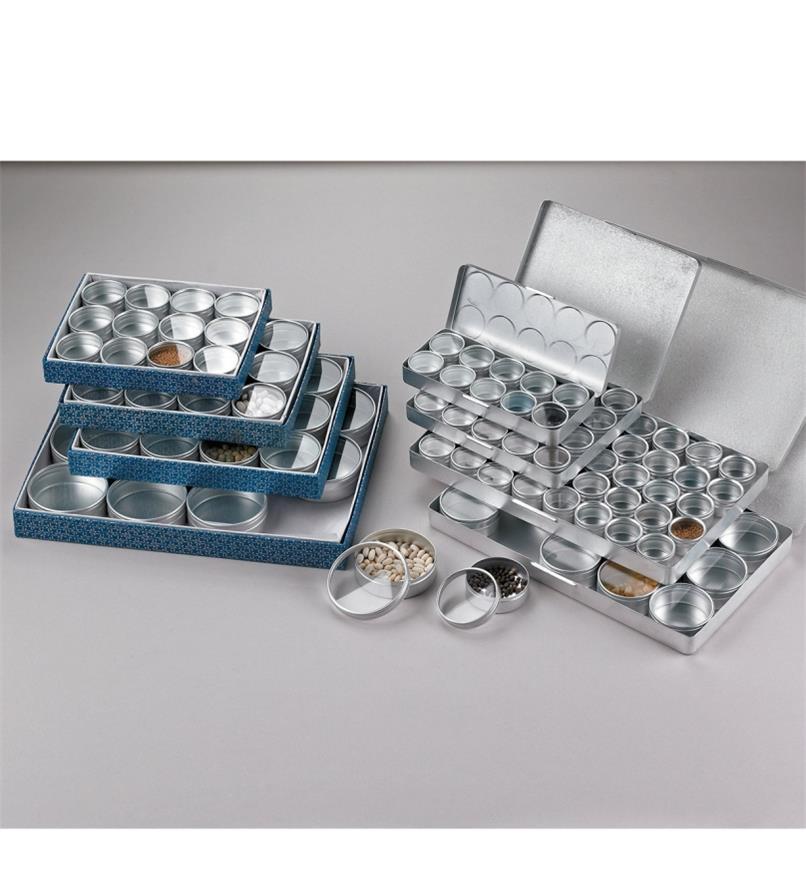 Petites boîtes d'horloger