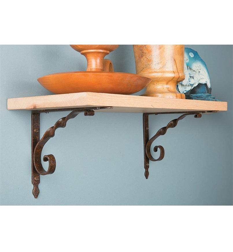 00S2790 - Dark Rust, Twist, Wrought-Iron Shelf Bracket, each (145mm x 185mm)