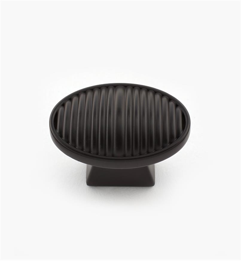 02W4075 - Bouton de 1 1/2 po x 1 po, série Athena, bronzehuilé