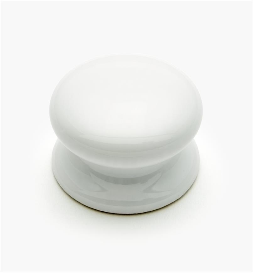 "03W2252 - 1 1/2"" x 1 1/8"" English Cozy Porcelain Knob, each"