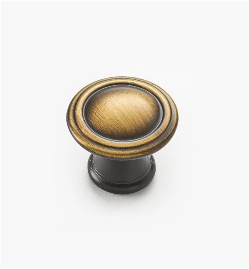 02W4115 - Antique Brass Knob