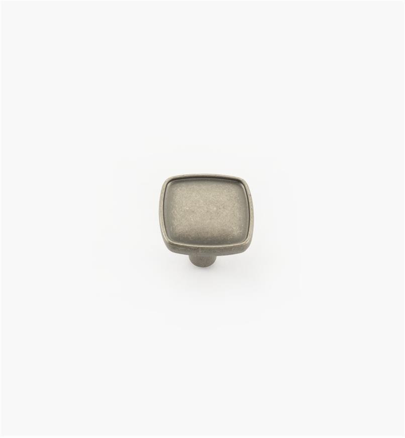 02A4338 - Bouton carré de 1 1/8 po x 1 po, série Porter, fini nickel vieilli