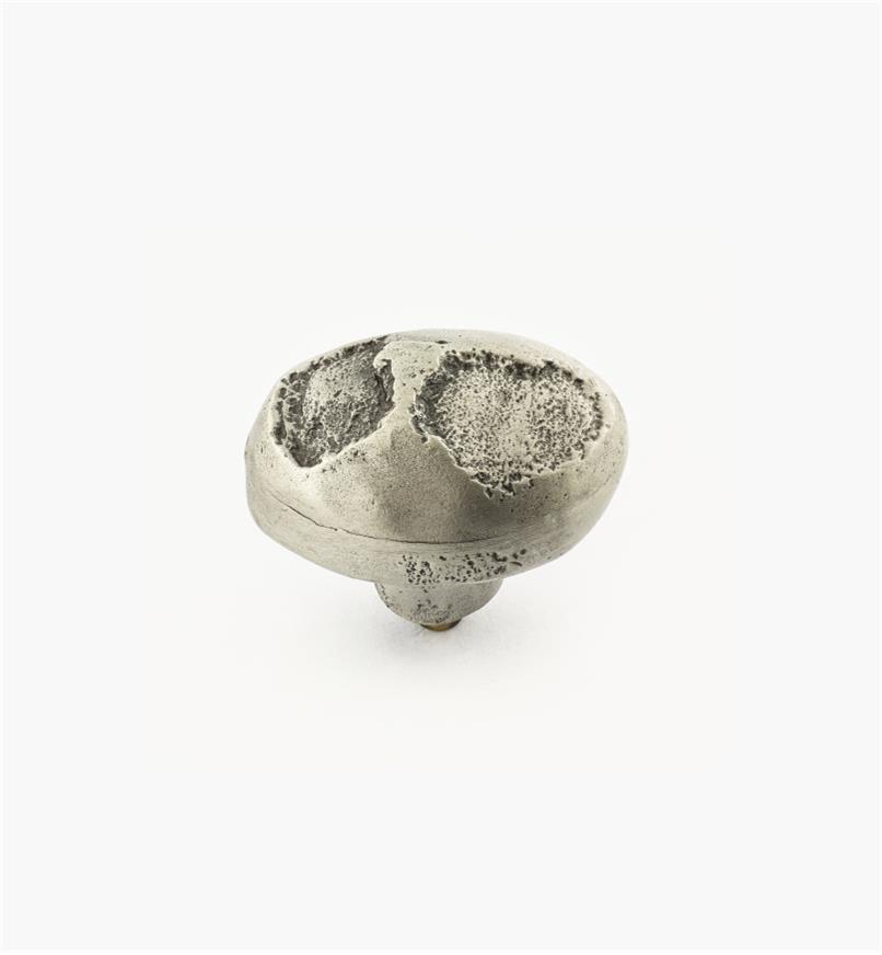 02A4442 - Bouton ovale coulé en étain de 11/2po x 1po