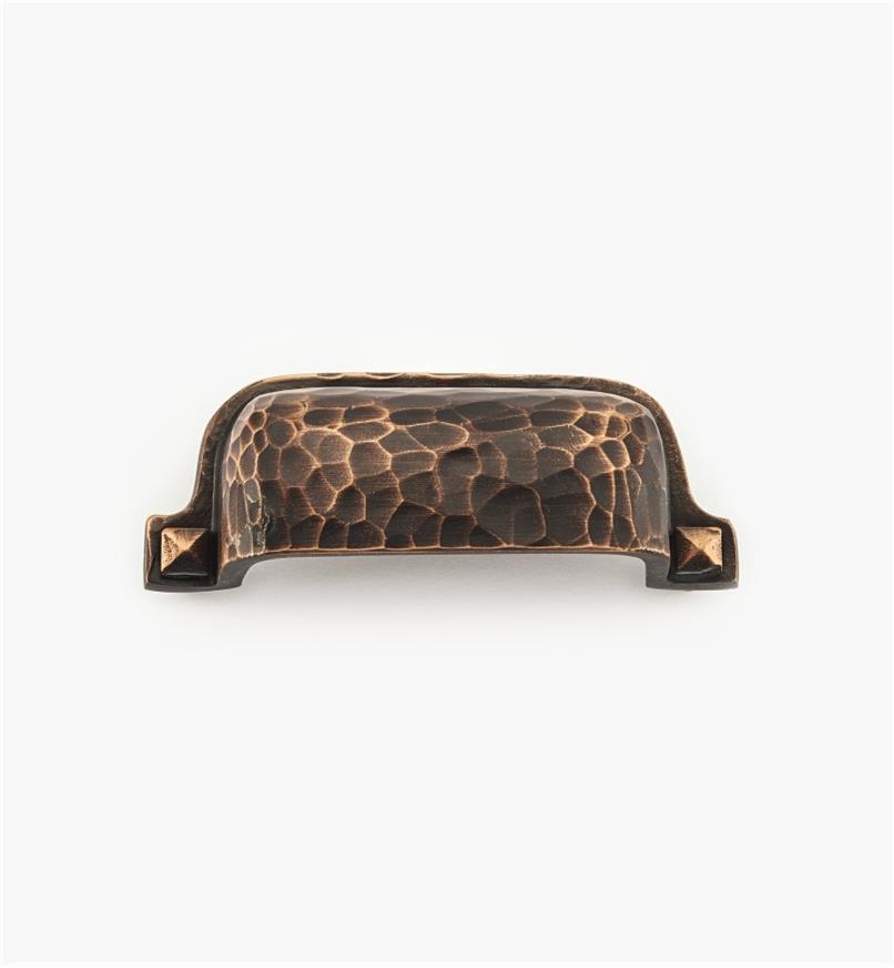 01W4346 - Poignée en coupelle martelée, fini bronze huilé, 3 po