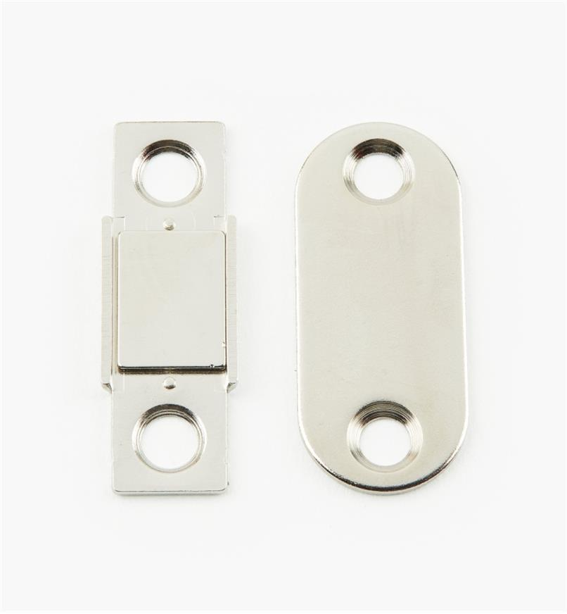 00S3350 - Nickel Plate Magnetic Catch