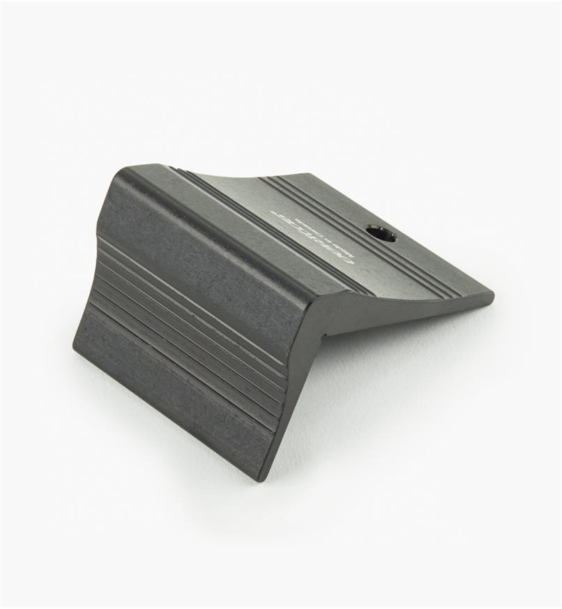 05N5601 - Veritas Saddle Square
