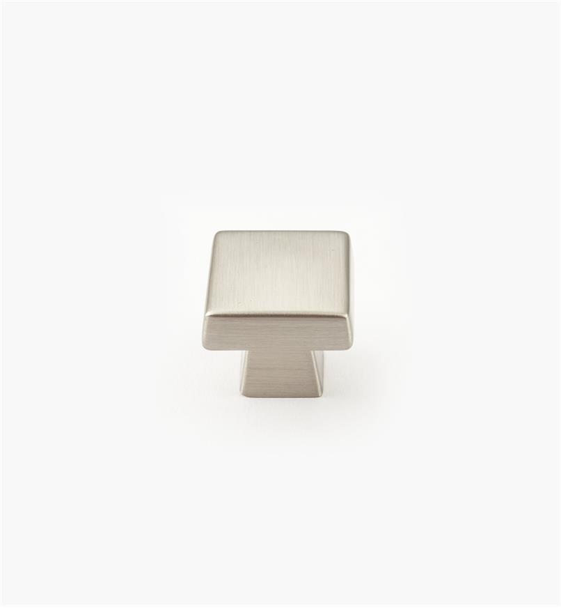 02A1771 - Bouton carré de 11/8po x 1po, série Blackrock, chromesatiné, l'unité