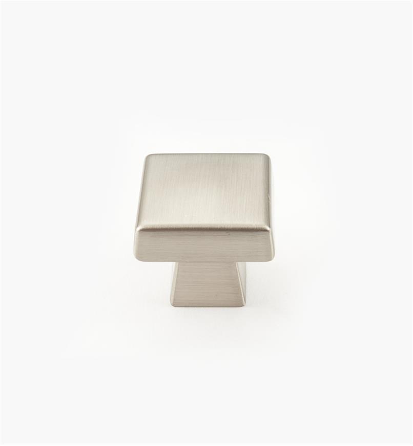 02A1773 - Bouton carré de 13/8po x 13/8po, série Blackrock, chromesatiné, l'unité