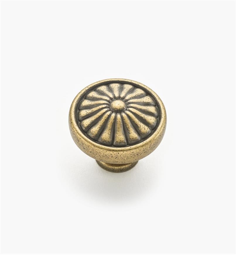 02W1244 - Bouton à motif floral de 1 1/4 po x 1 po, série Hartford, fini laiton antique