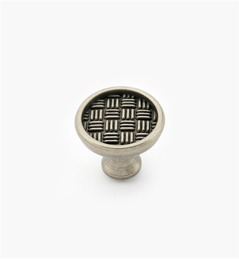 02A4135 - Bouton à motif hachuré, fini nickel vieilli