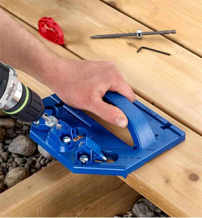Drilling an angled pilot hole with the Kreg Deck Jig